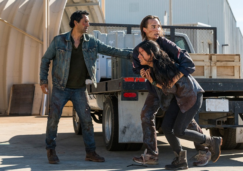 Travis Manawa (Cliff Curtis), Nick Clark (Frank Dillane) and Luciana (Danay Garcia) in S3 episode 1 Fear The Walking Dead Photo credit: Michael Desmond/AMC